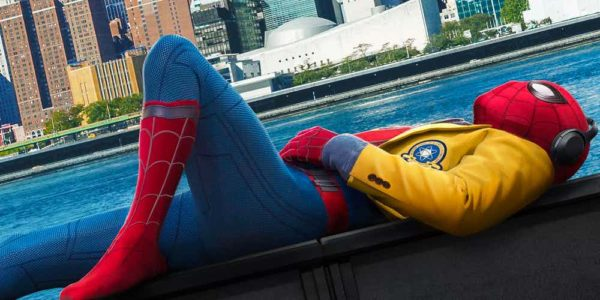 Spider-Man-Homecoming-Poster-with-Tom-Holland-Featured-image-600x300