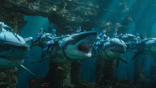 James Cameron no está demasiado impresionado por las escenas subacuáticas poco realistas de Aquaman