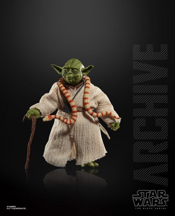 Star-Wars-Archive-Yoda-Figure-600x739