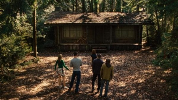 la cabaña en el bosque 600x338