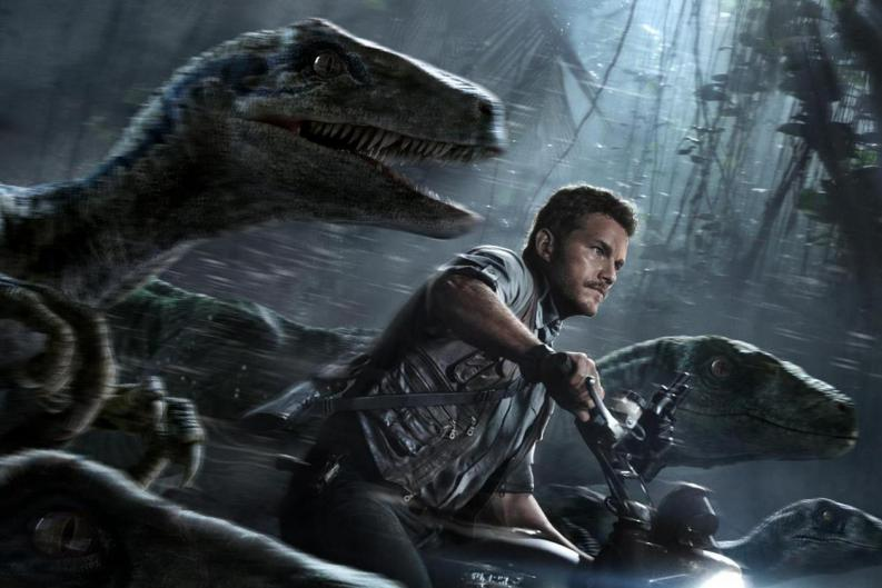 Jurassic World abrió originalmente con un paquete Raptor saltando desde un helicóptero