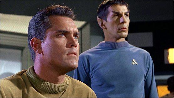 Star Trek: Discovery showrunner al lanzar un nuevo Spock
