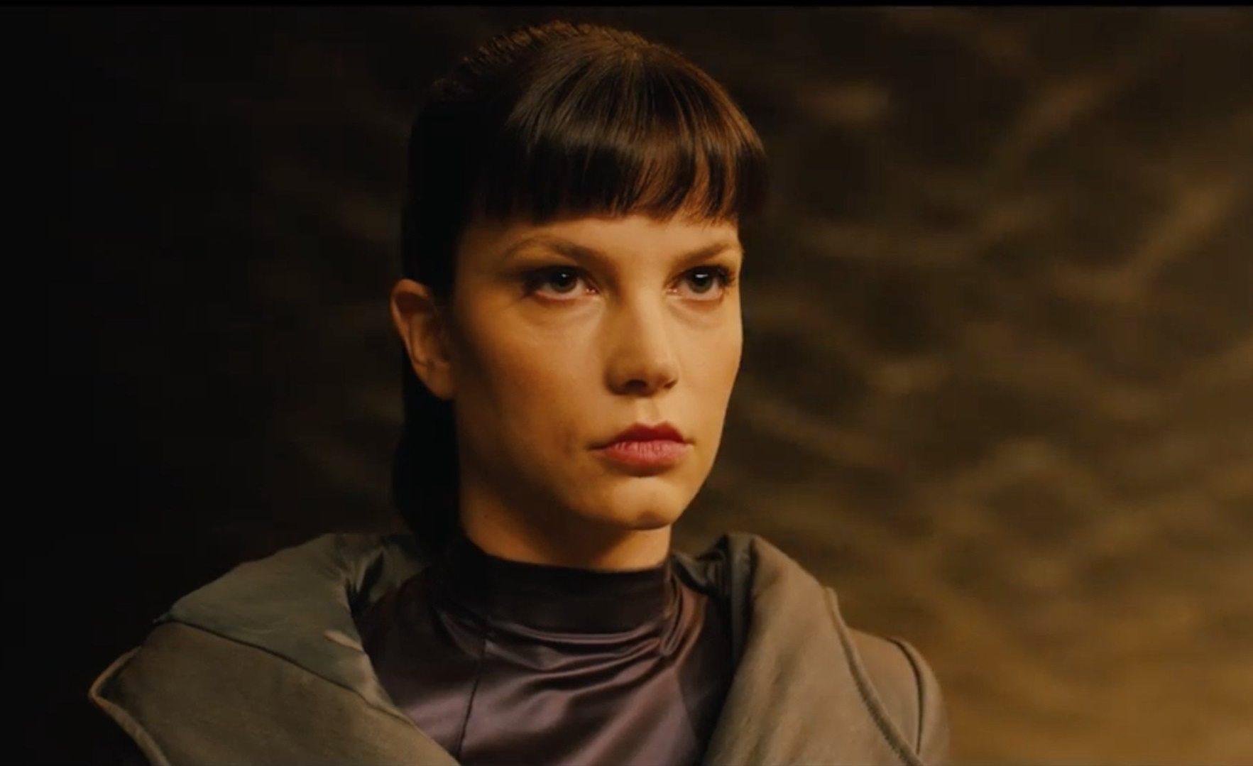 Sylvia Hoeks de Blade Runner 2049 buscada para Queen and Country de Ridley Scott