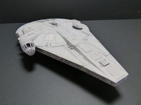 Solo-A-Star-Wars-Story-Millennium-Falcon-2-600x447