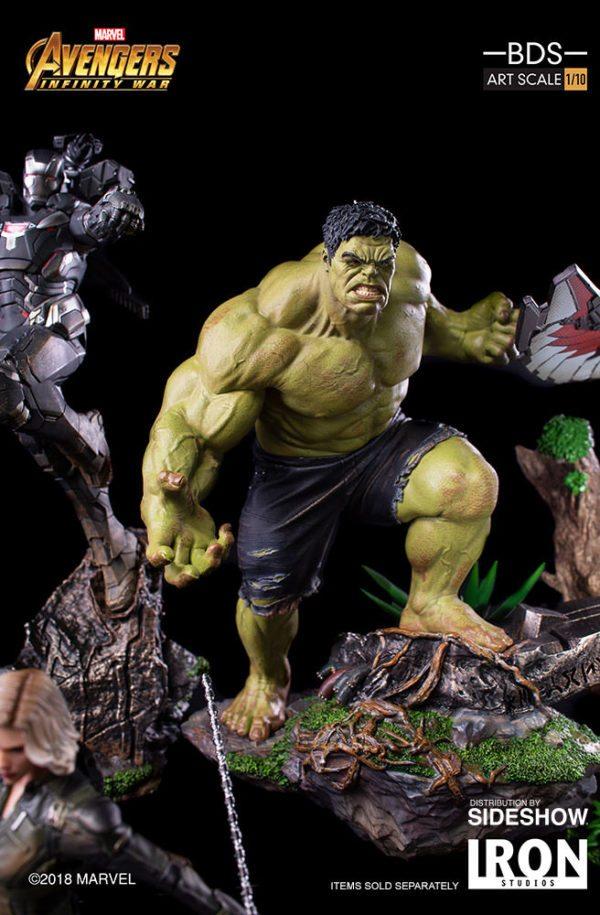 Hulk-Battle-Diorama-Series-statue-4-600x915