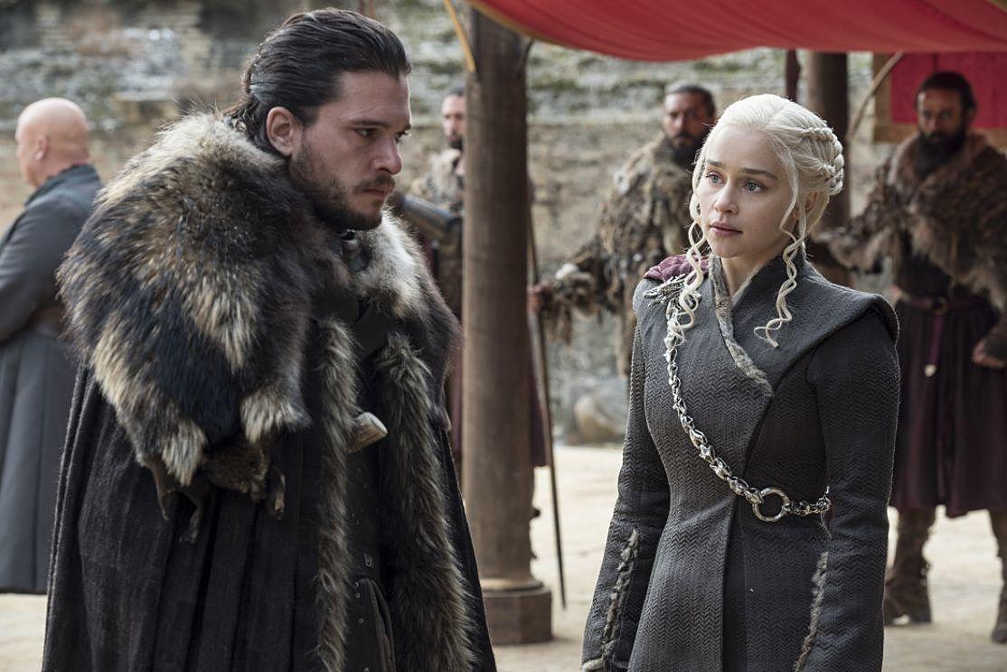 Emilia Clarke quiere que la coestrella de Juego de Tronos, Kit Harington, interprete a un joven Luke Skywalker