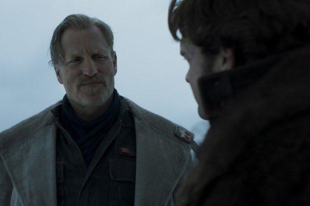 Woody Harrelson elogia a Han in Solo: A Star Wars Story de Alden Ehrenreich