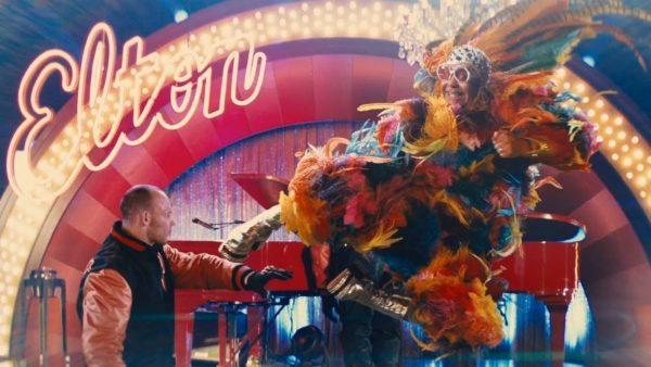 Taron Egerton dice que la película de Elton John Rocketman es un 'musical de fantasía' en lugar de una película biográfica