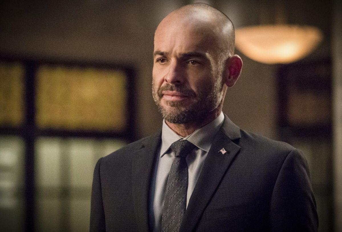 Arrow pierde a otro miembro del reparto cuando Paul Blackthorne sale del programa