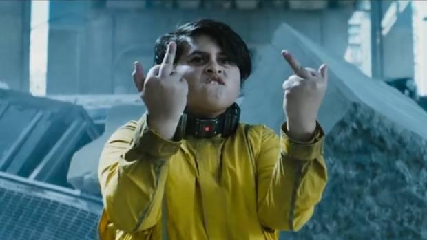 La promoción de Deadpool 2 presenta 'Hot Stuff' de Julian Dennison