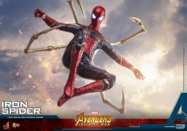 Infinity-War-Iron-Spider-Hot-Toys-9-600x422