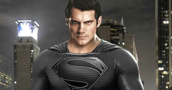 El diseñador de vestuario de la Liga de la Justicia explica por qué no se usó el traje negro de Superman