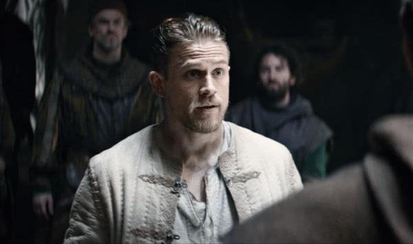 Charlie-Hunnam-King-Arthur-trailer-screenshot-600x355