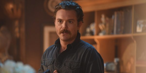 Clayne-Crawford-como-Martin-Riggs-in-Lethal-Weapon-FOX-600x300