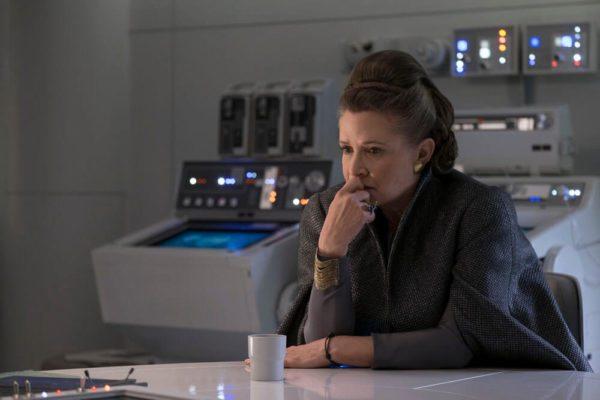 Star-Wars-The-Last-Jedi-5-600x400