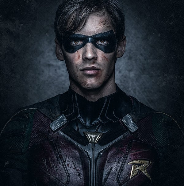 TITANS_ROBIN_FIGHT-600x604