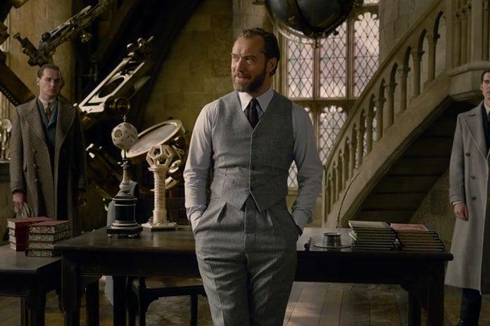 Fantastic Beasts: The Crimes of Grindelwald presenta la película Dumbledore de Jude Law