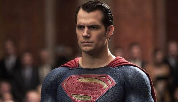 El ex showrunner de Daredevil elogia a Henry Cavill como 'un gran Superman'