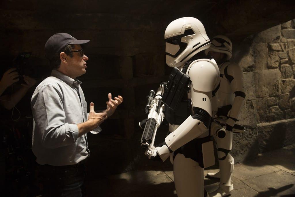 JJ Abrams quiere que los fanáticos se sientan 'satisfechos' por Star Wars: Episodio IX