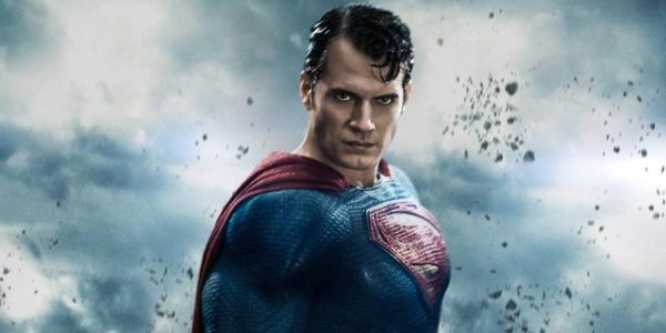 Henry-Cavill-Superman-600x300