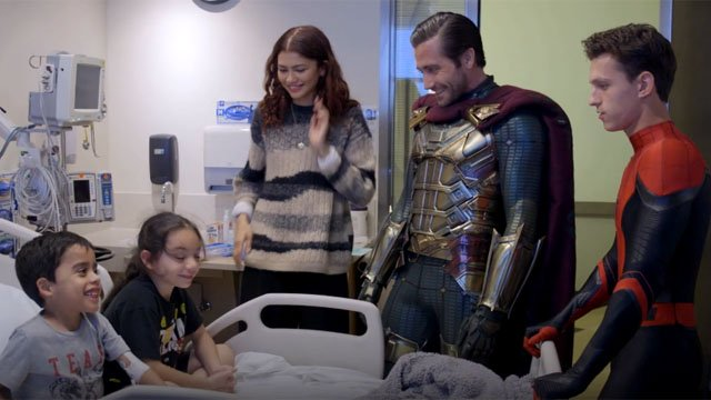 Spider-Man: Lejos de casa El elenco visita Children's Hospital Los Angeles