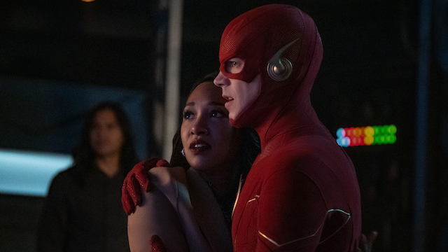 The CW se burla de la última tentación de Barry Allen en el nuevo The Flash Episode 6.08 Stills