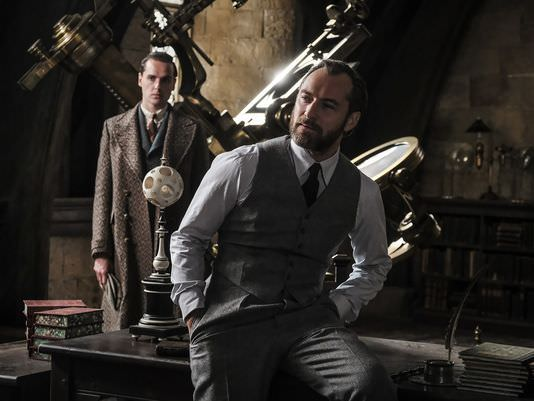 Grindelwald y Dumbledore aparecen en nuevas imágenes de Animales fantásticos: los crímenes de Grindelwald