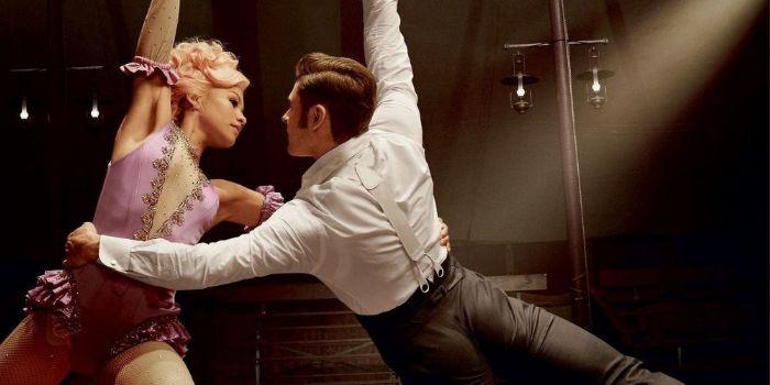 Zac Efron y Zendaya en el rodaje de ese difícil dueto aéreo en The Greatest Showman