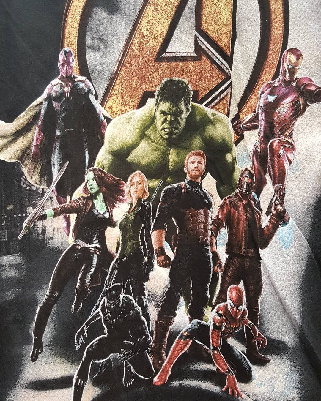 Nuevo arte promocional para Avengers: Infinity War superficies