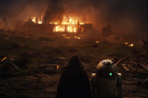 Star-Wars-The-Last-Jedi-images-35-3-600x400