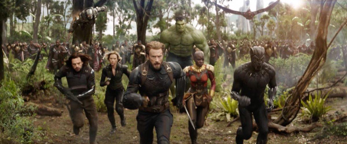 Avengers: tráiler de Infinity War, Justice League detrás de Man of Steel en el seguimiento de taquilla, Denis Villeneuve dirigiendo Star Wars y más - Resumen de noticias diarias