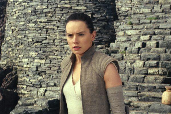 Star-Wars-The-Last-Jedi-images-35-14-600x400