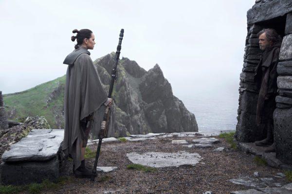 Star-Wars-The-Last-Jedi-images-35-16-600x400