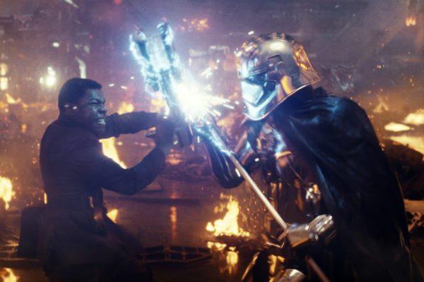Star-Wars-The-Last-Jedi-images-35-18-600x400