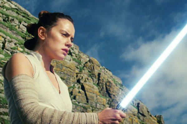 Star-Wars-The-Last-Jedi-images-35-25-600x400