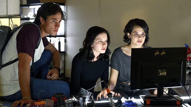 Control Z: ¿Dónde conoces a Zión Moreno y al elenco de ...