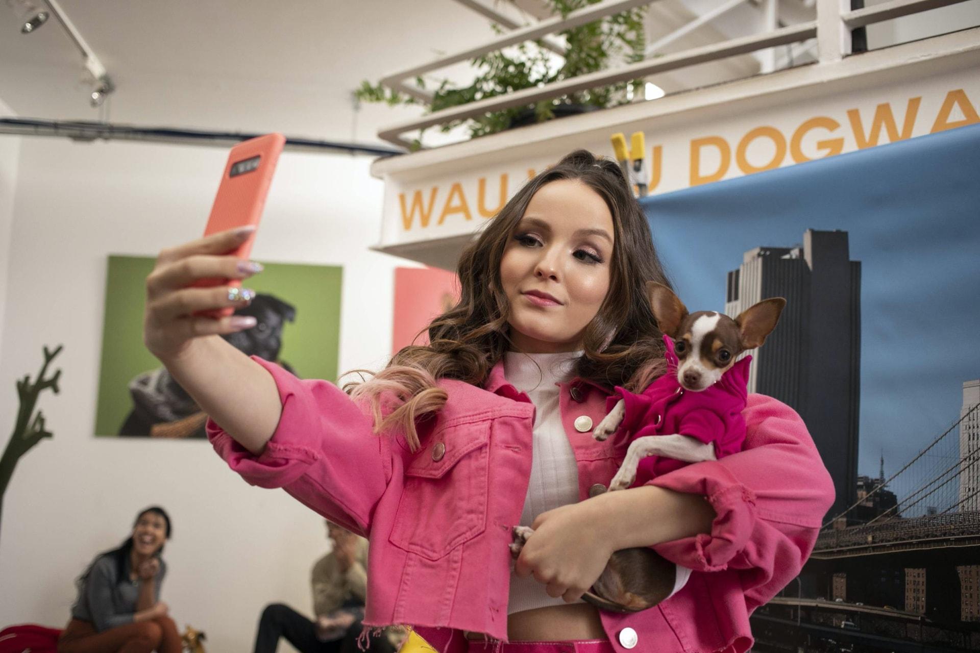 Modo avión: reseña de la película de Netflix con Larissa Manoela