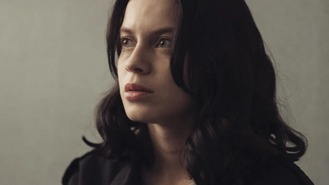Control Z: Conoce a la actriz Ana Valeria Becerril, que interpreta a ...