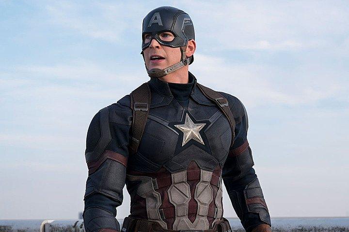 Kevin Feige de Marvel compara al Capitán América de Chris Evans con el Superman de Christopher Reeve