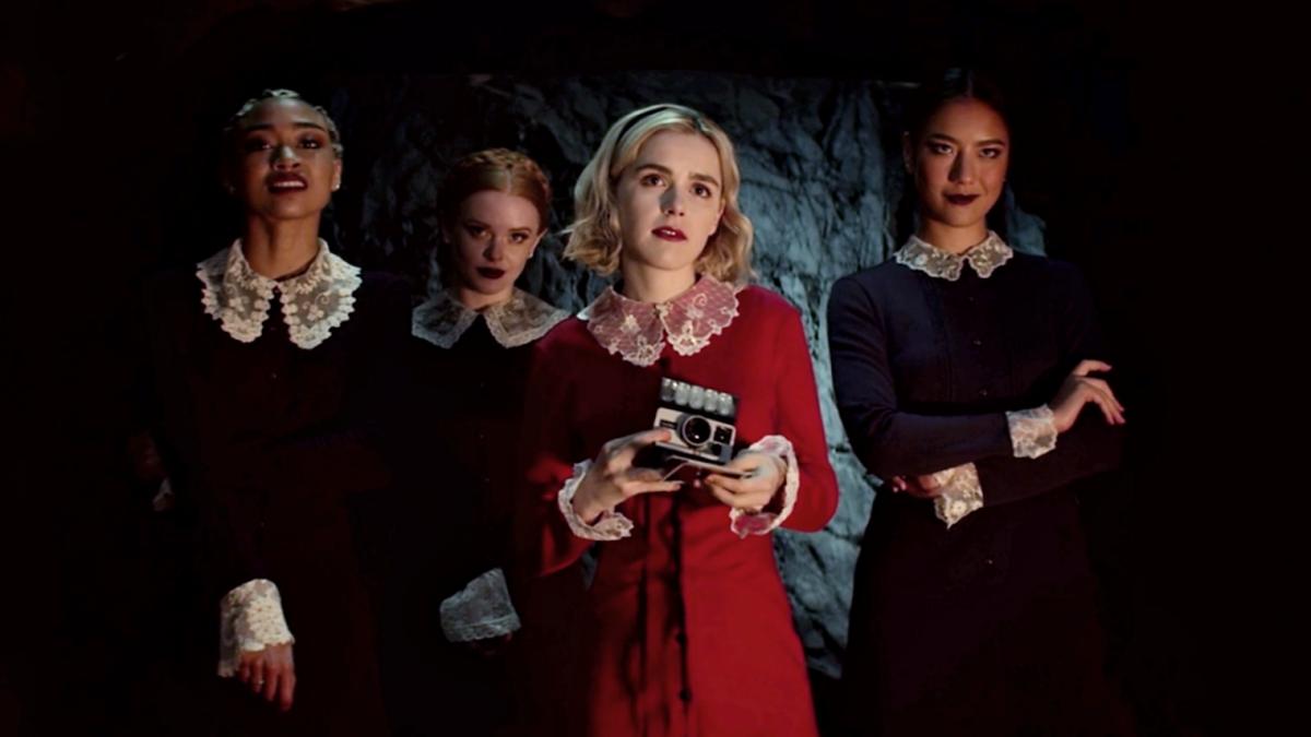 El mundo oscuro de Sabrina, Sabrina, Prudence, Dorcas y Aghata.