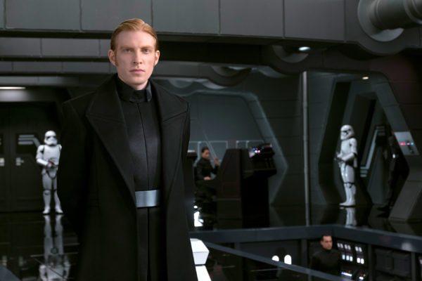 Star-Wars-The-Last-Jedi-images-35-2-600x400